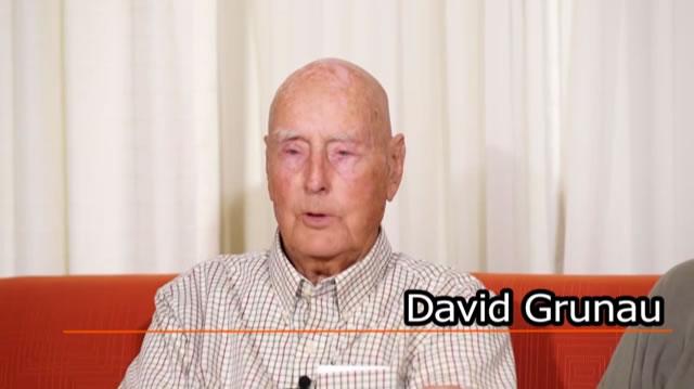 28 David Grunau