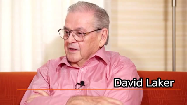 29 David Laker