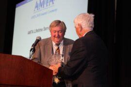 Lifetime-of-Service Award